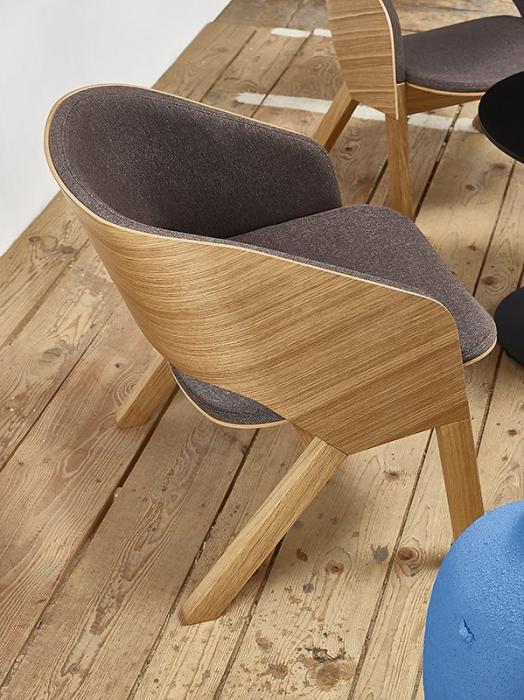 Fotolii lounge din lemn tapitate MERANO