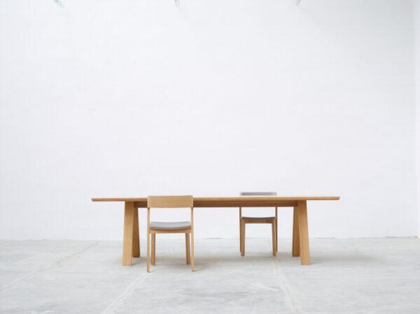 Scaune din lemn cu sezut si spatar tapitate MERANO